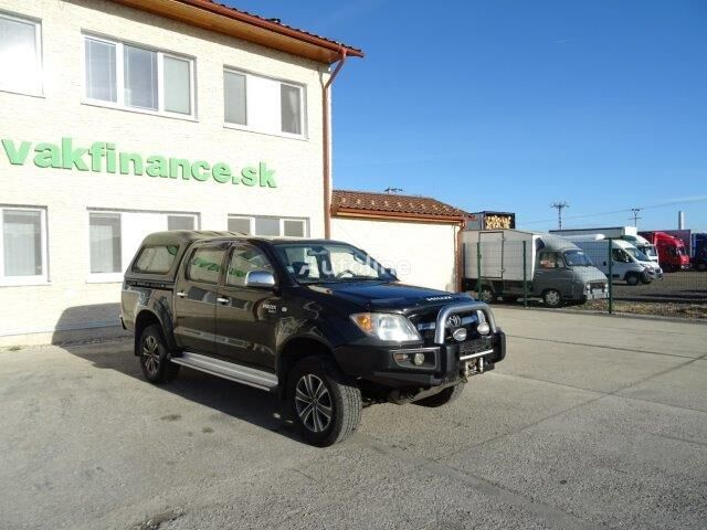 TOYOTA Hilux  2,5 D4D VIN 204 pick-up