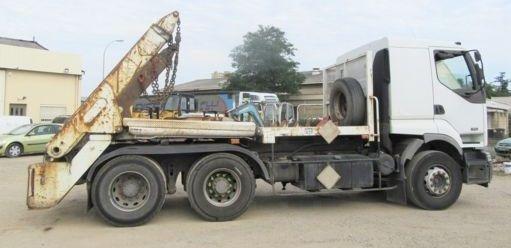 RENAULT 420 .26 autopodizač kontejnera
