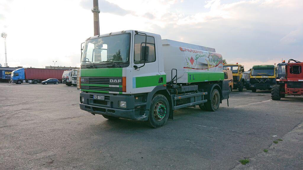 DAF 85  kamion cisterna za gorivo