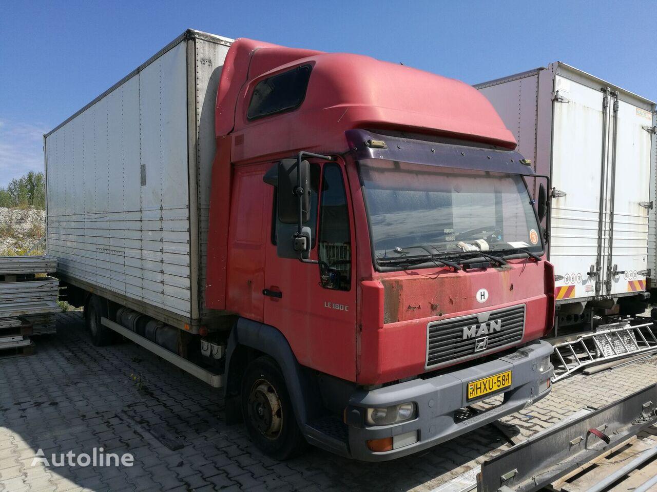 MAN 8.174 kamion furgon
