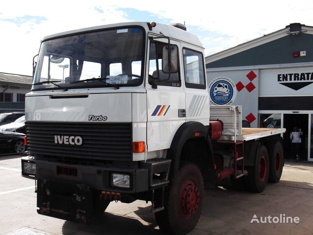 IVECO 330.36    6x6  kamion platforma