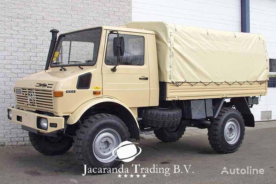 MERCEDES-BENZ UNIMOG 1300 kamion s ceradom