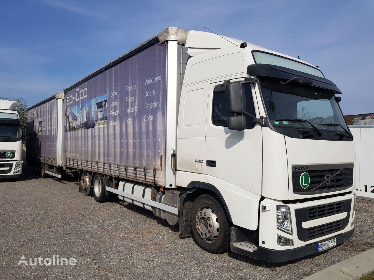 kamion sa kliznom ceradom VOLVO FH 440 EURO 5 TANDEM + WIELTON 2 X 7.7m + prikolica sa kliznom ceradom