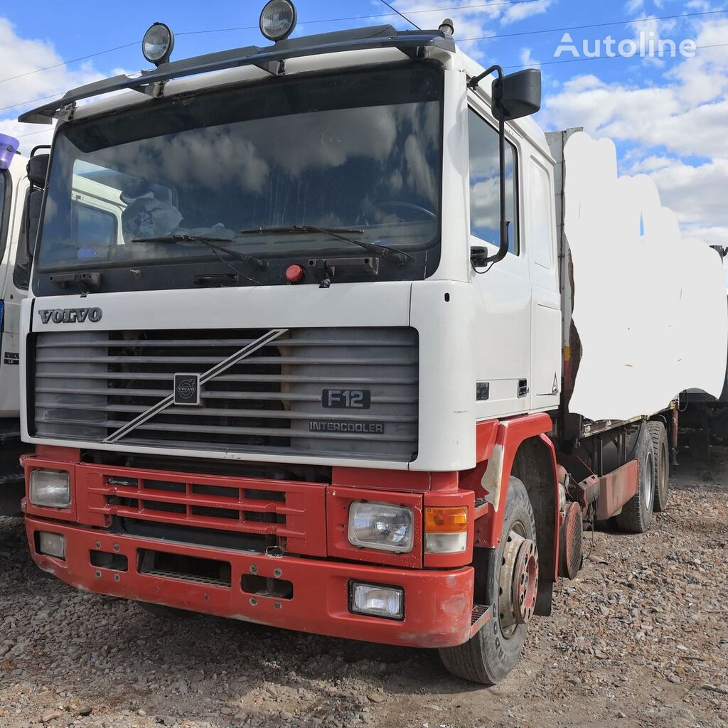 VOLVO F12 kamion-šasija