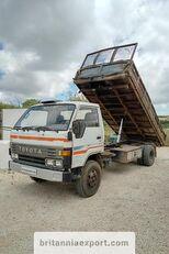 TOYOTA Dyna 300 14B 3.6 diesel left hand drive 7.5 ton kiper