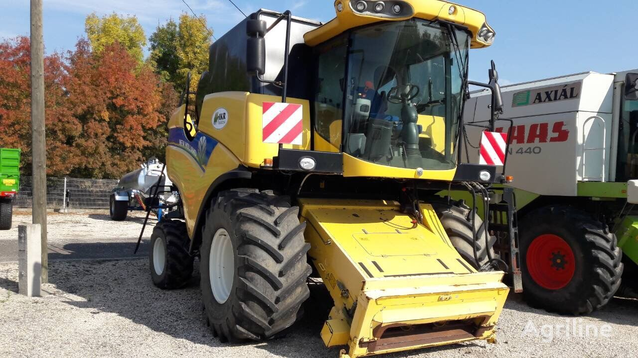 NEW HOLLAND CX 6090 krmni kombajn