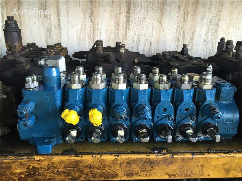 USED TEREX 760 820 860 880 970 980 BACKHOE LOADER VALVE CONTROL hidraulični razvodnik za TEREX 760 / 820 / 860 / 880 / 970 / 980 kombinirke