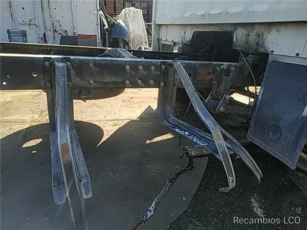 Soporte Delantero Deposito pričvršćivači za NISSAN TRADE 2.8 Diesel kamiona